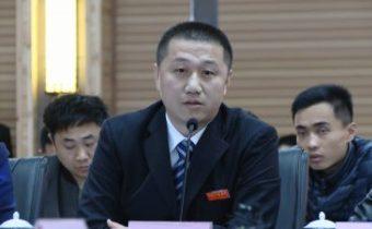 高士伟——鑫山党委商户党总支支部书记、商家代表